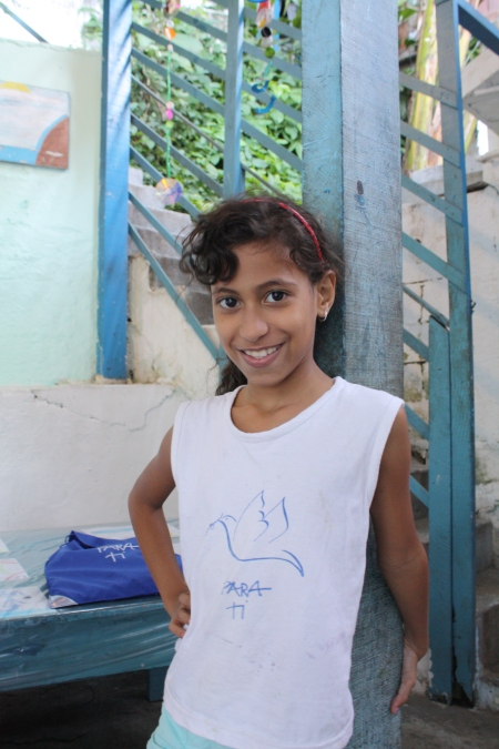 Brazilians with hope: this girl also lives in Rocinha and I see dreams in her eyes