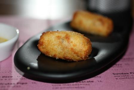 Bolinho de Pirarucu (Pirarucu Fritters)